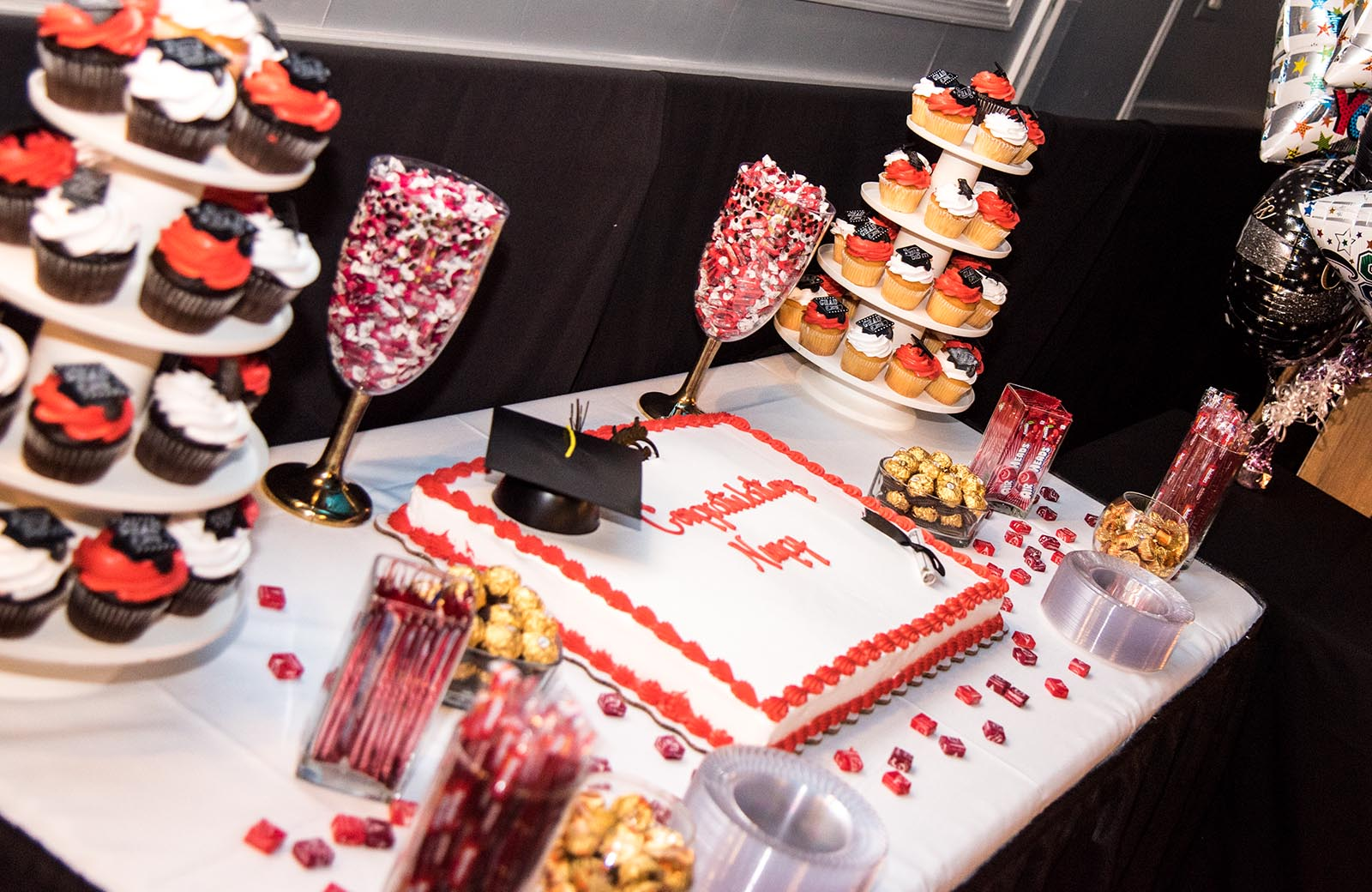 Cupcakes & Cake - Lafayette Grande Banquet Facility - pictures